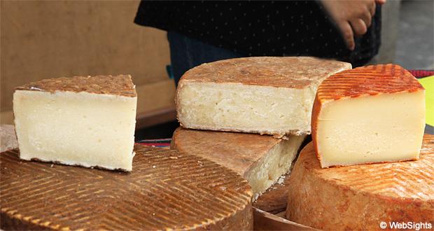Gran Canaria market cheese